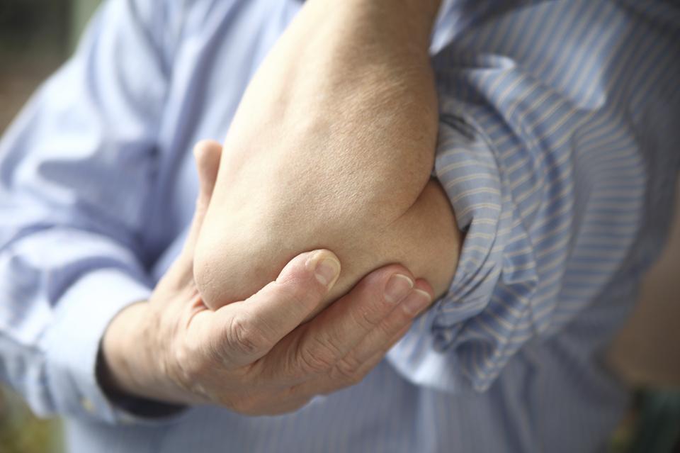 чем лечить если у меня суставы рук болят от холода