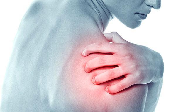Болит правое плечо причины и лечение
