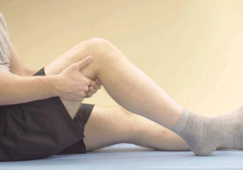 Как лечить ушибленное колено народным средством